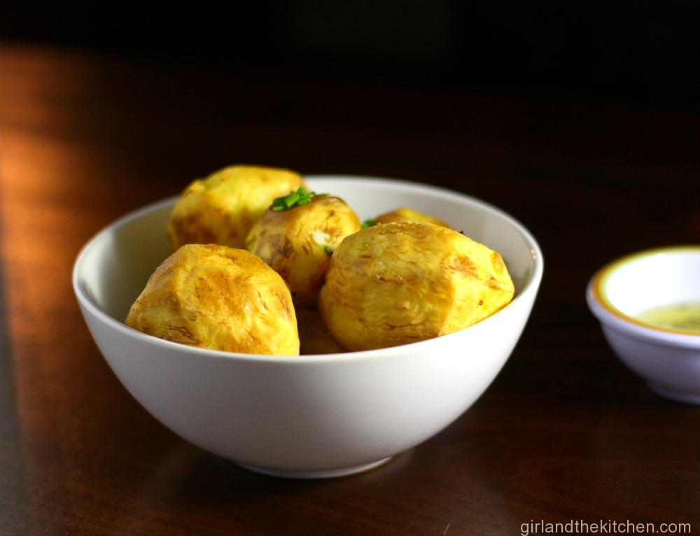 Golden-Potatoes-with-Garlic-Chive-Butter-3